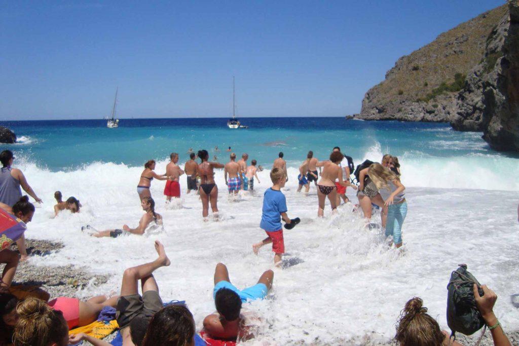 Pearl King Travel - Group Holidays - Beach Holidays